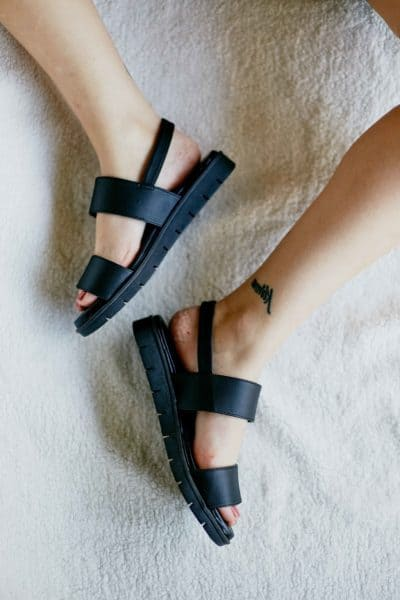 Sandália de Tiras Preta