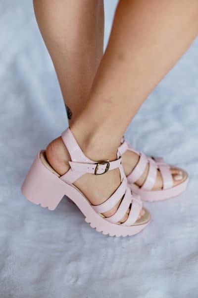 Sandalia de Tiras Salto Alto (63)
