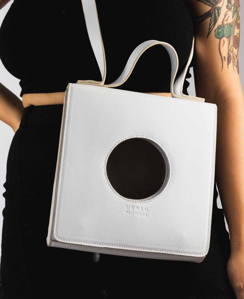 Bolsa Ica Branca - Collab Renata Buzzo 1