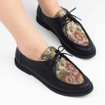 Sapato Yule Preto Floral