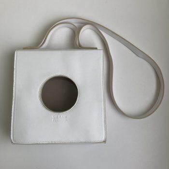 Bolsa Ica Branca – Collab Renata Buzzo (Pequenos Defeitos)