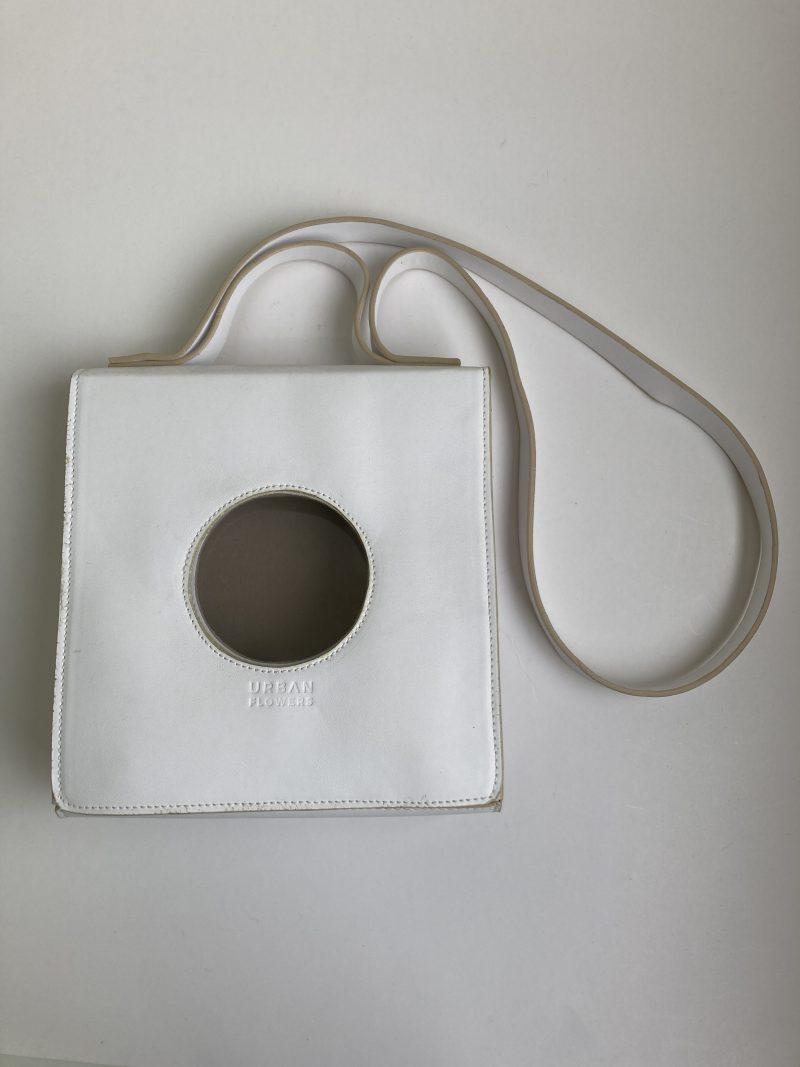 Bolsa Ica Branca - Collab Renata Buzzo (Pequenos Defeitos) 2